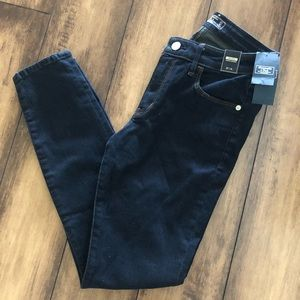 Abercrombie & Fitch Mid Rise Super Skinny jeans